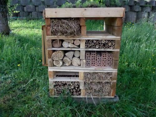 abris pour insectes et autres auxiliaires nature. Black Bedroom Furniture Sets. Home Design Ideas